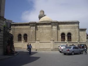 Μπακού: η αισθητική πολλών τζαμιών στο Αζερμπαϊτζάν είναι πιο κοντά στην Τουρκία και στα Βαλκάνια